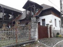 Pensiune județul Caraș-Severin, Pensiunea Dora