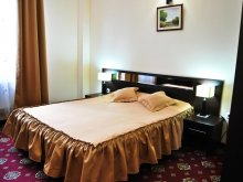 Hotel Sălcioara (Mătăsaru), Hotel Magic Trivale