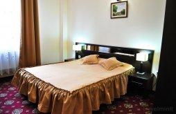 Hotel Vultureanca, Hotel Magic Trivale