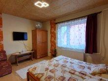 Accommodation Zádorfalva, Liget Guesthouse