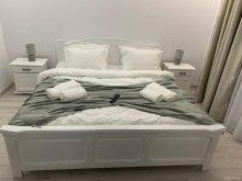 Accommodation Brăiești, Deny's Apartment