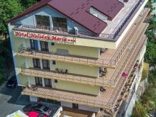 Apartment Pușcașu, Holiday Maria Hotel