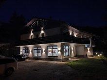Accommodation Bușteni, Raisa Guesthouse
