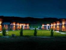 Kulcsosház Pușcașu, Danube Village Resort