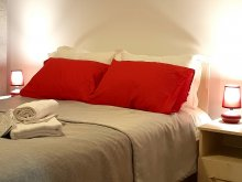 Accommodation Pucioasa-Sat, El Nido - Cozy Mountain View Apartment