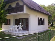 Casă de vacanță Bolhás, Apartament Ambrusné