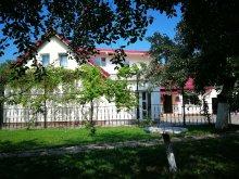 Casă de oaspeți Bușteni, Casa de oaspeți Coroni Residence