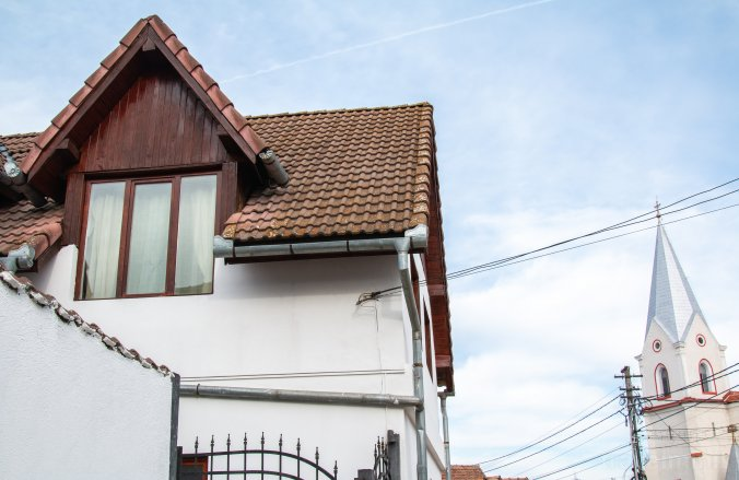 Casa cu Meri Porumbacu de Sus