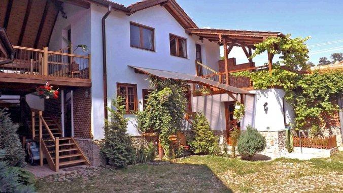 Casa Vale ~ Pelu Vacation home Vale