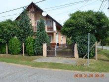 Accommodation Csapi, Maurer Apartments