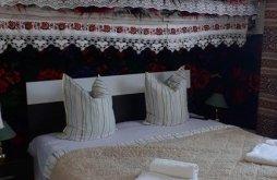 Bed & breakfast near Bârsana Monastery, Casa Godja Guesthouse