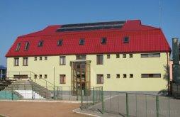 Hostel Domnești-Târg, Hostel Sport