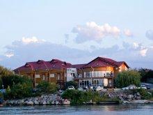 Cazare Delta Dunării cu Tichet de vacanță, Casa Teo