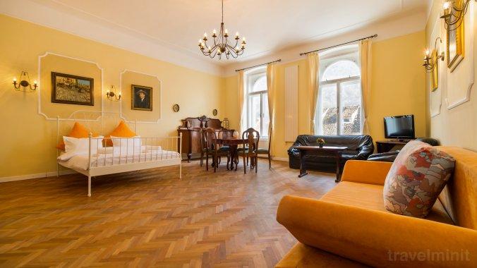 Republicii's Vintage Suite Apartment Brașov