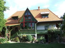 Accommodation Nicoleni, Firtos Guesthouse