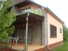 Nyaraló Cirák, Balatoni önálló nyaralóház 6 főre (MA-02)