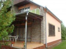 Nyaraló Csapod, Balatoni önálló nyaralóház 6 főre (MA-02)