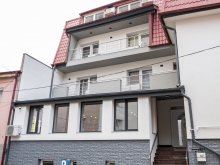 Villa Românești, Gabriela Vendégház
