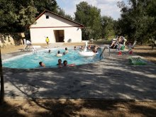 Camping Mădăraș Bath, Hakunamatata Camping