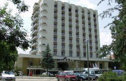 Hotel județul Harghita, Hotel Hunguest Fenyő
