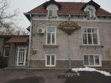 Apartament Cârstovani, Pensiunea Carmelita