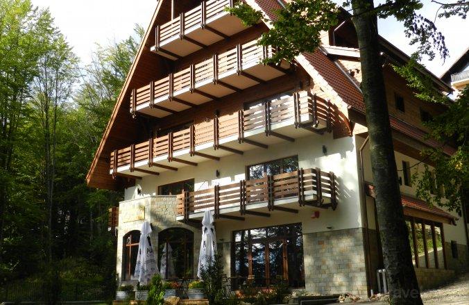 Opus Villa Sinaia
