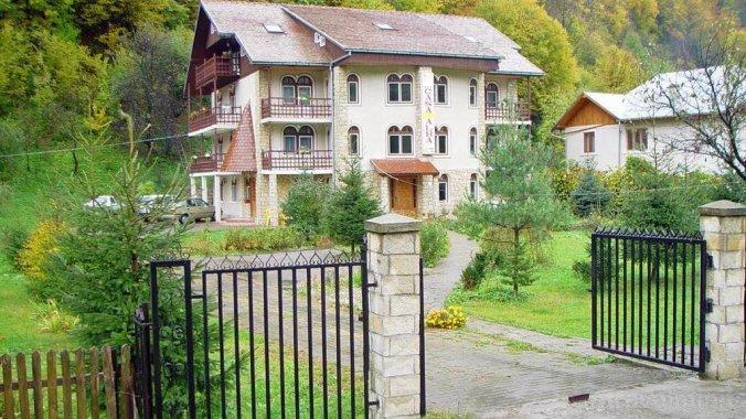 Pensiunea Casa Albă Slănic Moldova