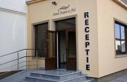 Hotel Berkeszfalu (Percosova), Dusan si Fiul Nord Hotel
