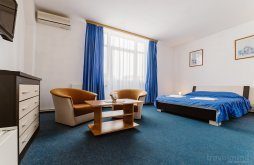 Hotel near Bethlen-Haller Castle, Iris Hotel