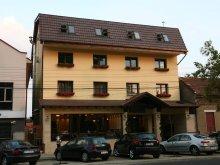 Hotel Nădălbești, Hotel Crisana