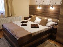 Accommodation Jász-Nagykun-Szolnok county, Royal Hotel