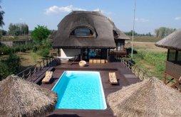 Cazare Maliuc cu Tichete de vacanță / Card de vacanță, Pensiunea Aqua Villa
