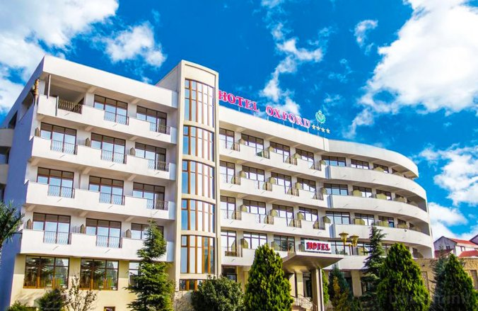 Oxford Hotel Mamaia
