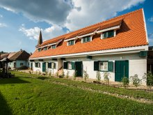 Accommodation Saschiz, Cloasterf House B&B