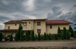 Szállás Károlyi-kastély Nagykároly közelében, Elena Vendégház