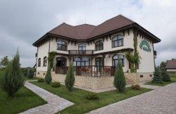 Accommodation Malu Mare, Cristina B&B