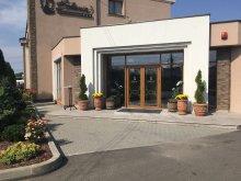 Hotel județul Bacău, Hotel Bohemia