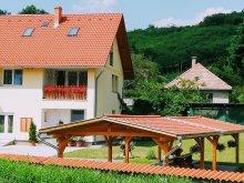 Accommodation Tolna county, Lótuszvirág Guesthouse