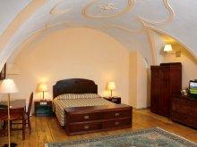 Hotel Porumbenii Mici, Hotel Casa Wagner