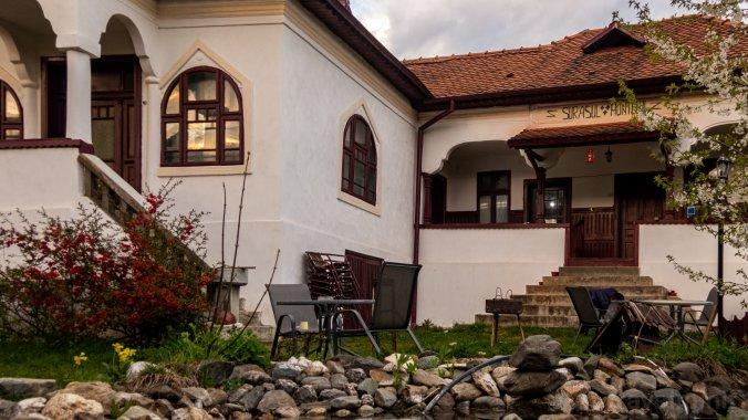 Surâsul Muntelui Guesthouse Dragoslavele