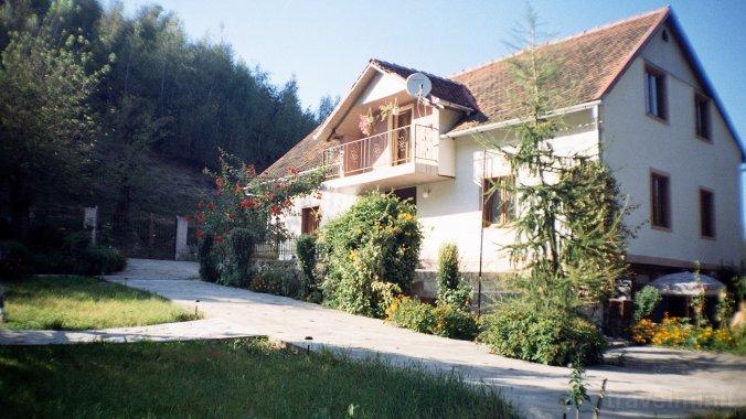 Paradis Guesthouse Rugi
