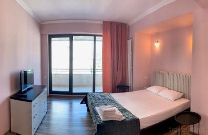 Lake Divine 11 Apartment Mamaia