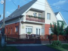 Cazare Balatonszemes, Apartament Zsuzsanna