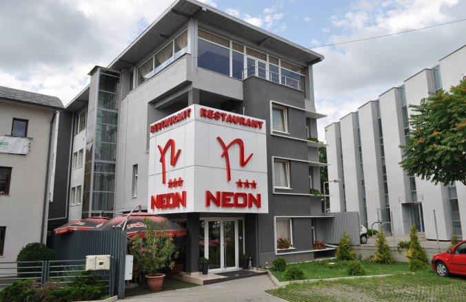 Neon Hotel Temesvár