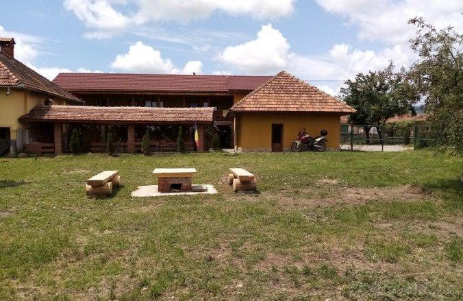 Casa Radu Panzió Cărpiniș