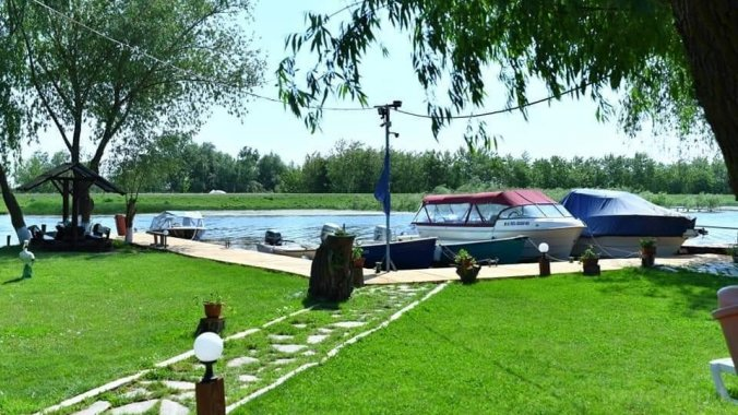 Andely Vendégház Dunavățu de Jos