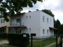 Cazare Fertőd, Apartament Horst 1