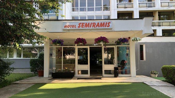 Semiramis Hotel Saturn