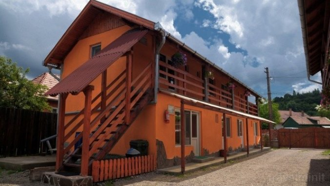 Irisz Guesthouse Praid