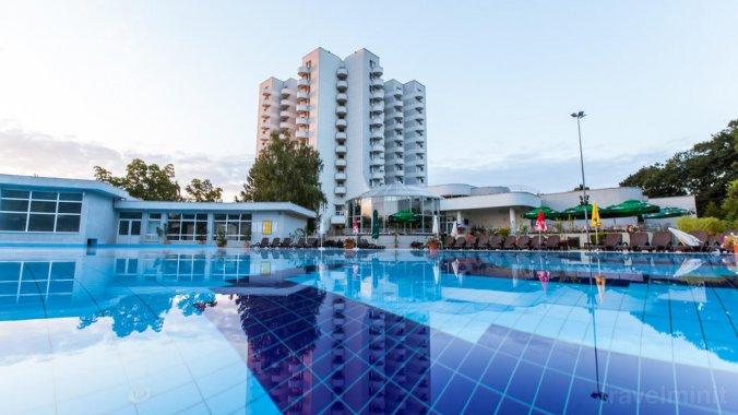 International Hotel Félixfürdő